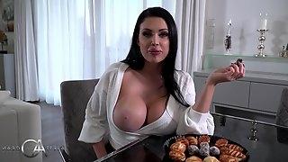 Super sexy wife welcome her husband