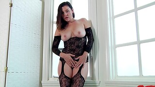 Busty housewife Sovereign Syre in lingerie gets fucked by her challenge